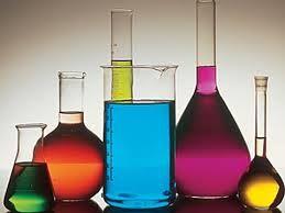 001 – La Química es la ciencia que estudia la composición, estructura y propiedades de la materia, así como los cambios que ésta experimenta durante las reacciones químicas y su relación con la energía.