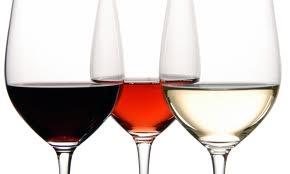 017 – Se conoce como vino abierto, cuando tiene...  (A) – Poco Aroma  (B) – Poco Sabor  (C) – Poco Color